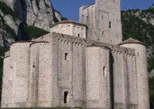 abbaziasan vittore delle chiuse genga