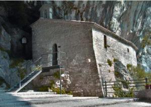 monastero infra saxa